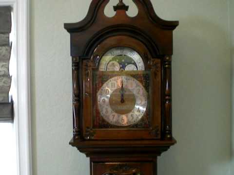 Urgos Grandfather Clock Westminister Chimes