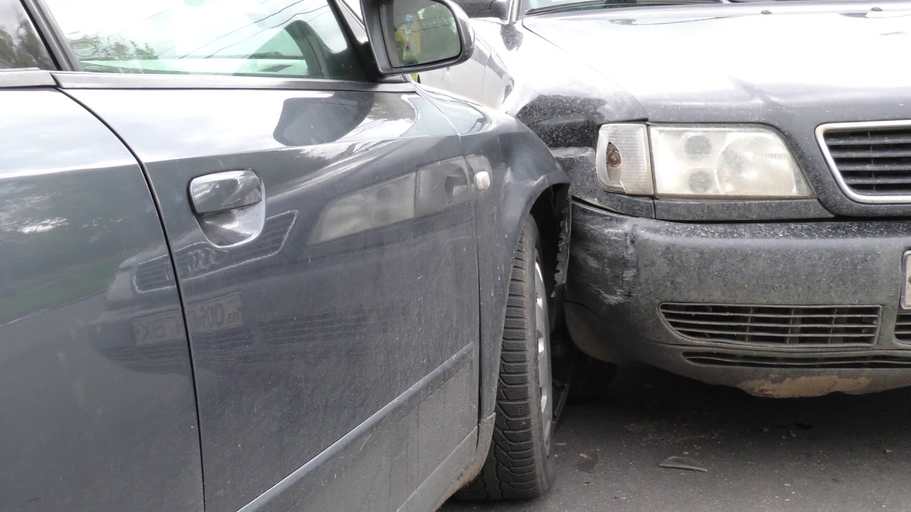 Оприлюднені подробиці ДТП: на перехресті в Калуші зіткнулися дві Audi