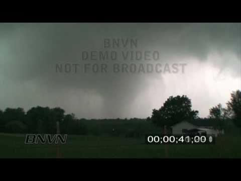 5/13/2009 Kirksville, MO Tornado Video Part 4