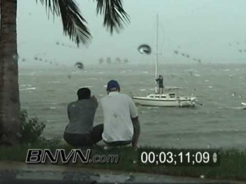 Hurricane Frances Video, Fort Pierce, FL and Hutchinson Island, FL Part 4
