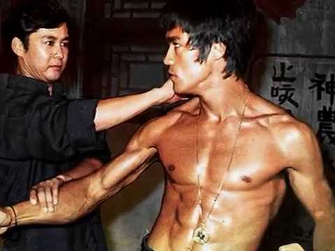 Muscular Fitness of Bruce Lee Image 1