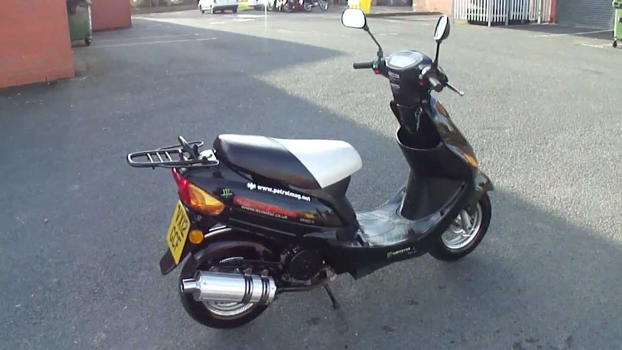 Chinese moped 13