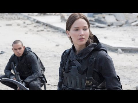 Jennifer Lawrence Unveils Hunger Games: Mockingjay - Part 2 FIRST LOOK!