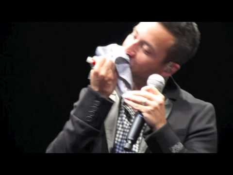 HOWIE D. FUNNY MOMENT