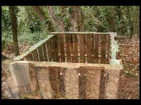 vavrek . : . how to build a compost bin