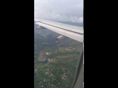 Aterrizaje en San Jose de Costa Rica, Aeropuerto Juan Santa Maria