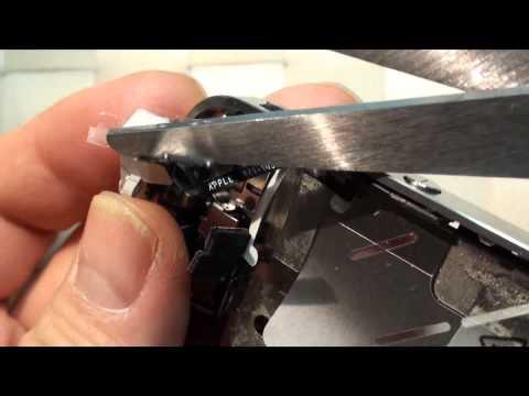 Apple iPhone 4 Vetro rotto sostituzione conversione da nero a bianco smontaggio Parte Terza