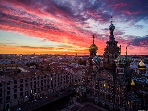 Смелый полет над Санкт Петербургом. Аэросъемка СПБ. Drone attacks Saint Petersburg, Russia. Aerial.