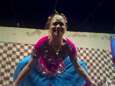 Shubana Multani Sexy Mujra In Dunya Pur.avi video