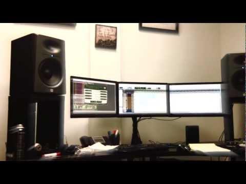 Blakk & Franky-Love Making a Futuristic Track