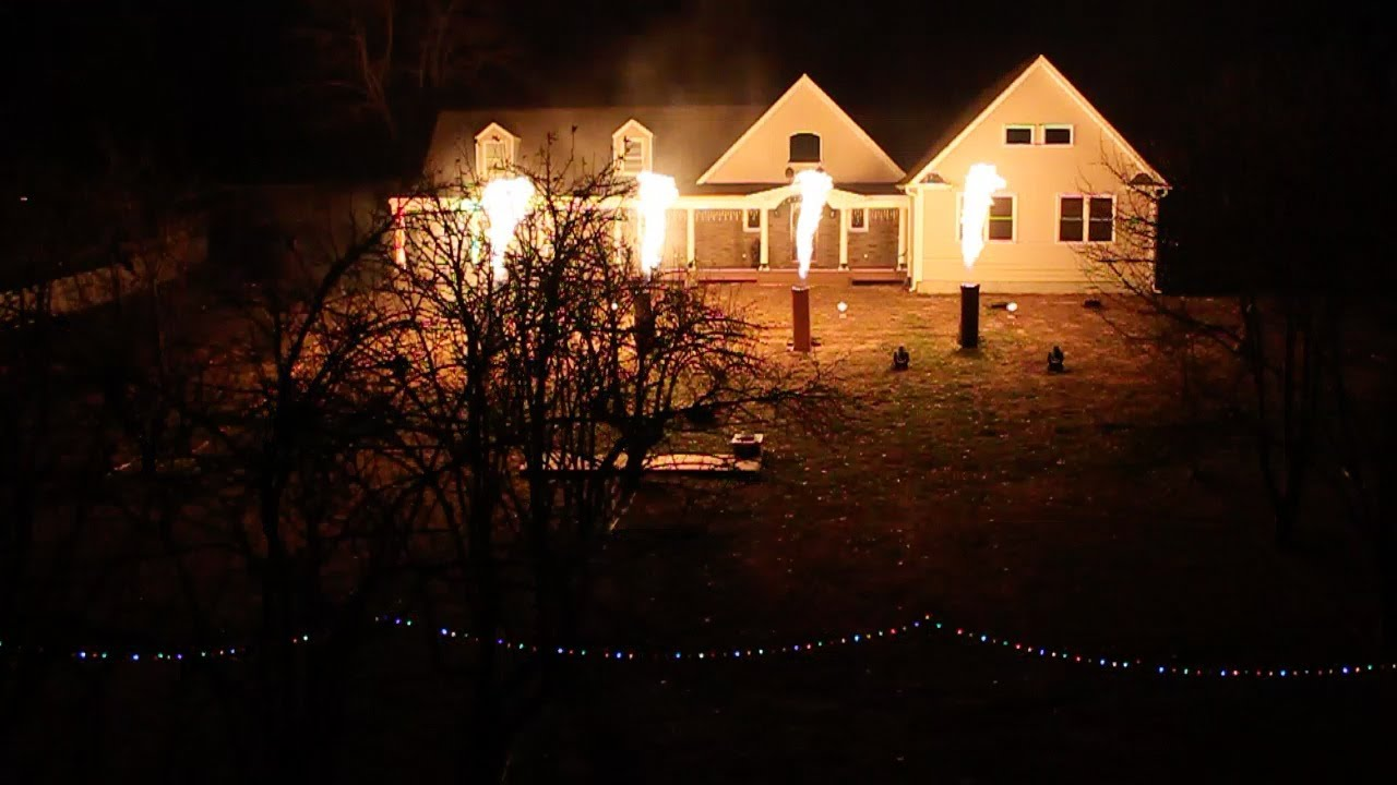 The Christmas Light Show 2013 - Wizards (Wall Township) - YouTube