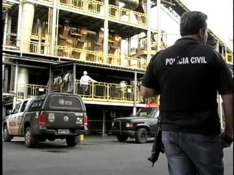 POLICIA CIVIL DE MARINGÁ INCINERA 1 TONELADA DE DROGAS OK