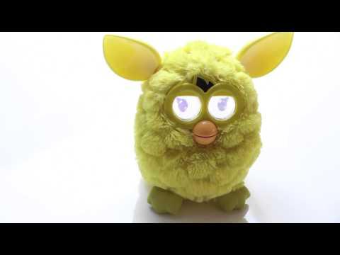 Hoe reageert Furby op Gangnam Style?