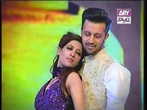 Atif Aslam Romantic Dance on his song