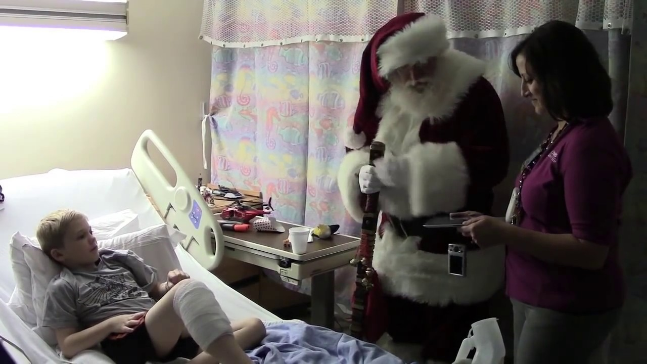 Santa Delivers Christmas Wish To UC Davis Childrens Hospital Patient YouTube
