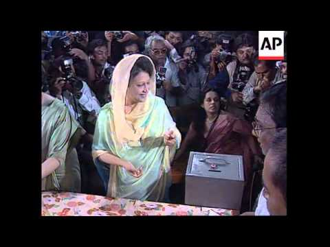BANGLADESH: COUNTRY GOES TO POLLS