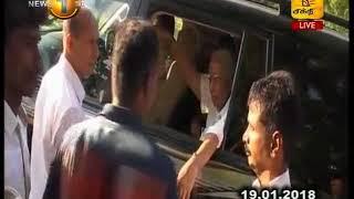 News 1st  அரசியல்வாதிகளிடம் கேள்வி கேட்பதற்கான உரிமை தமக்கு உள்ளதாக மக்கள் தெரிவிப்பு