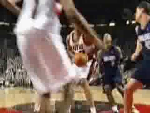 Highlight reel made by Yinka Dare. DA is sick, no wonder he was on the original Team Jordan.