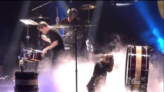 "Download Lagu Imagine Dragons ""Demons"" Radioactive live 2013 AMA American Music Awards Gratis STAFABAND"