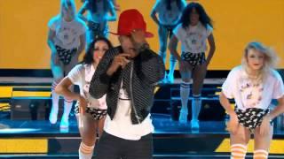 Pharrell Video - Pharrell Williams @ NBA All Star 2014 (Get Lucky/Happy)