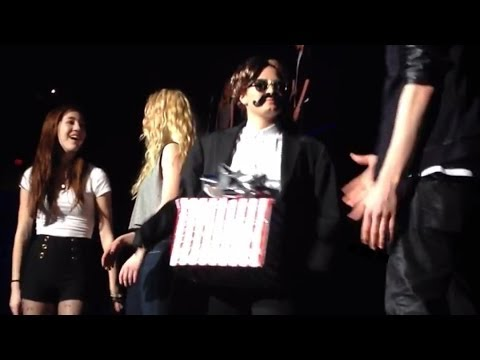 "Demi Lovato ""Dick In A Box"" Prank on Neon Lights Tour- Watch!"