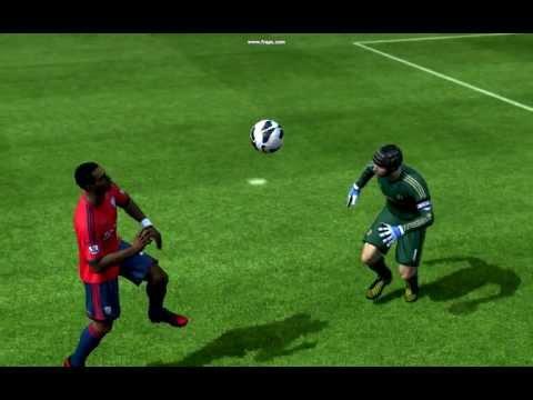 Petr Čech não tem medo de sair na bola (Fifa 13 - PC)......