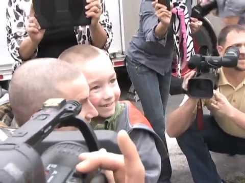 Tec. Sgt. Eric Kunzman Surprise Homecoming