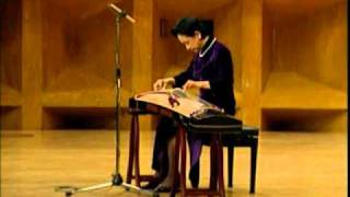 項斯華古箏獨奏:高山流水  Traditional GuZheng music: High Mountain and Running River