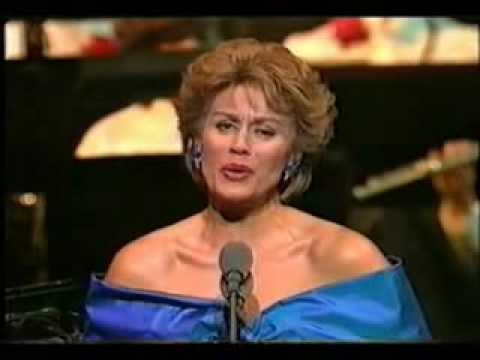 Unexpected Song - Dame Kiri Te