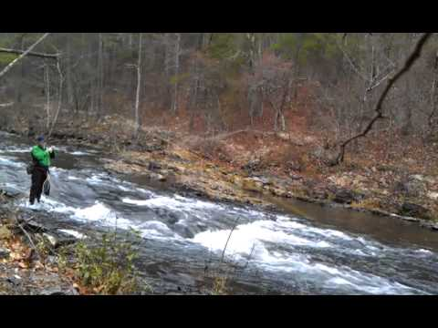 Trout fishing at broken bow oklahoma youtube for Broken bow fishing report