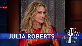 Julia Roberts Calms Down By Playing Mahjong