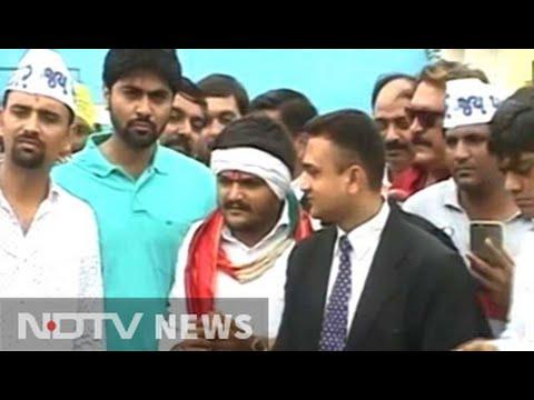 Hardik Patel leaves jail 9 months after being arrested for sedition