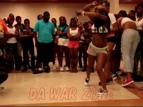 QUEEN FEE FEE & PRINCESS NEWBE JAY - FREAKY GIRL ( WALA CAM ) WAR ZONE