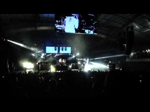 Blink 182 Violence Live W/Brooks Wackerman Drum Solo Melbourne 2013