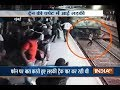download mp3 dan video Narrow Escape: Girl survive after being run-over by train at Kurla station, Mumbai