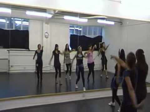 Aapka kya hoga janabe ali (Choreographed by Deepshikha Arora...