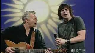 Tommy Emmanuel plus song with Anthony Snape
