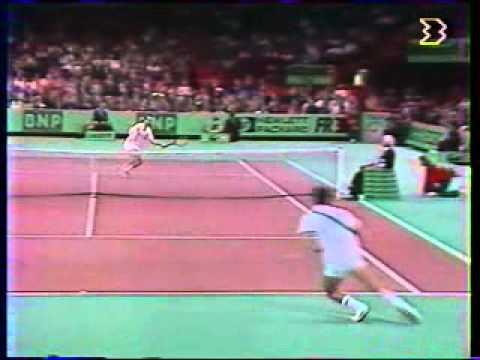 マイケル チャン vs マッケンロー - Paris 1989 - 03/10