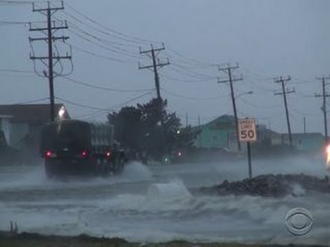 Leaving thousands in the dark, Hurricane Arthur slams North Carolina