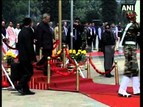 Prez Pranab arrives in Bangladesh amid violence