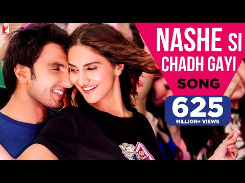 Nashe Si Chadh Gayi Video Song - Befikre