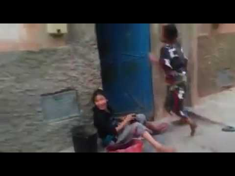 رقص عجيب  ولكن شاهد حتي نهاية ههه thumbnail