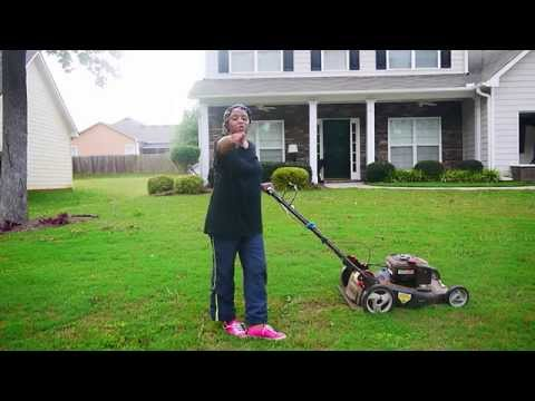 Learn How to Cut Your Grass/ Lawn Professionally