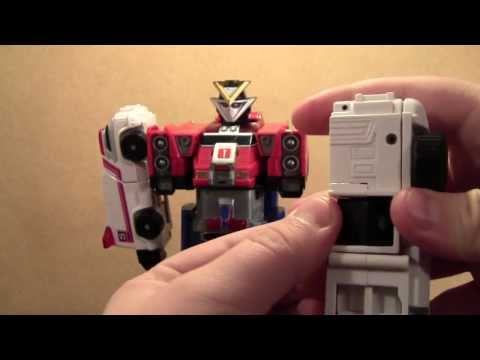 Power Rangers Turbo Rescue Megazord Review (zord gekisou sentai carranger)