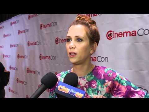 Kristen Wiig Talks Women In Comedy!