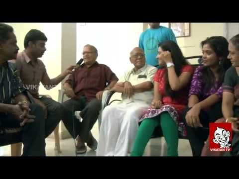 'Thendral' Team With fans – Aval Vikatan