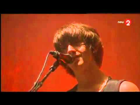 Arctic Monkeys-When The Sun Goes Down live FIB 2011 (BENICASSIM)