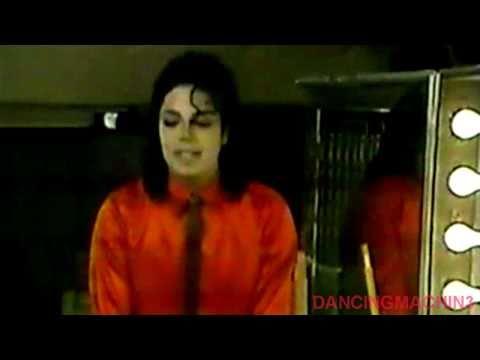 BAD TOUR MOMENTS - MICHAEL JACKSON