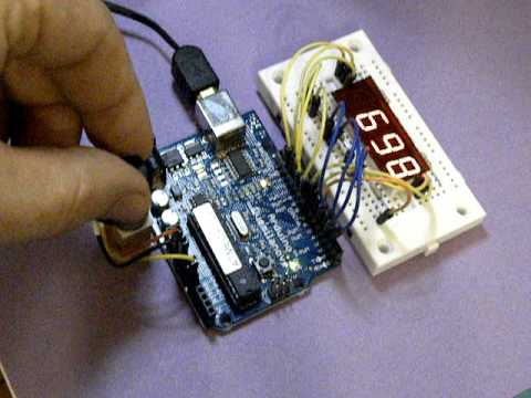 Fritzing Project Multiplexing an Arduino with a 4067