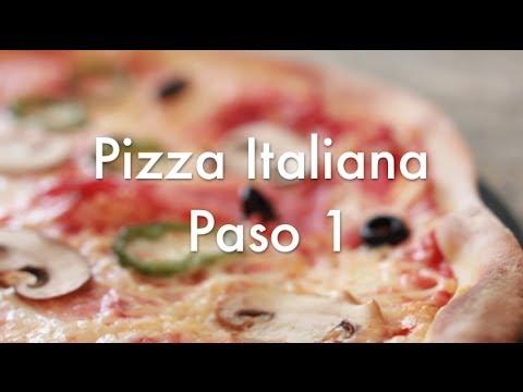 Pizza Italiana Paso 1 -  Receta de masa casera y cómo amasar a mano